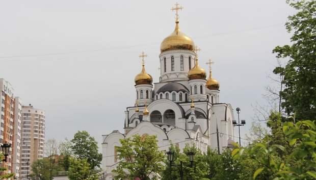 Воробьев напомнил о необходимости соблюдения мер безопасности в храмах из‑за пандемии
