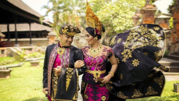 Традиционные свадебные наряды по всемумиру