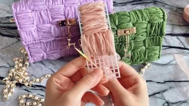 Удивительно элегантная и простая техника создания шикарных сумок