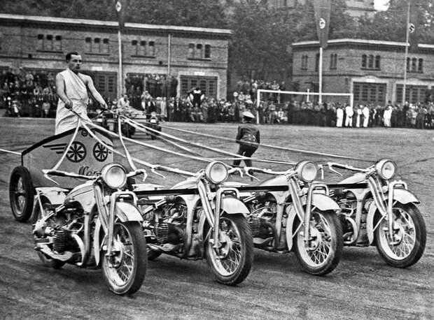 4 исторических факта о диких гонках на мотоколесницах