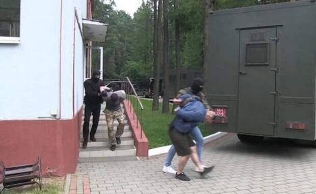 Некоторые из 33 задержанных в Белоруссии россиян сказали, что ехали в Стамбул «осмотреть собор»