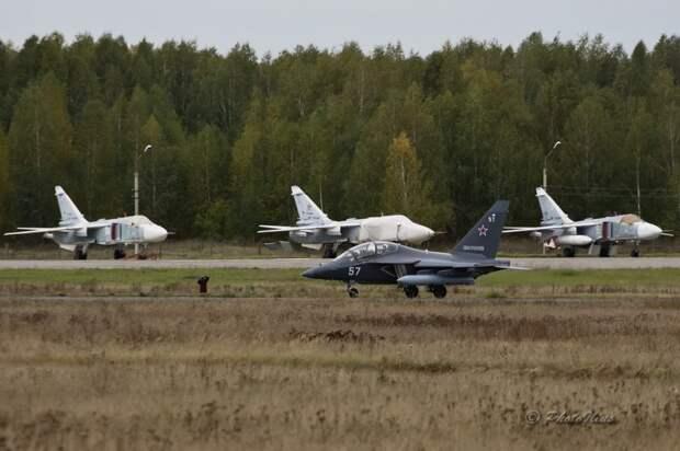 Новые Як-130 летят в Борисоглебск
