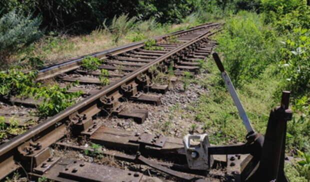 Из-за гибели 23-летней свердловчанки под колесами поезда возбуждено уголовное дело