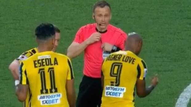 Вагнер Лав заработал удаление на 24-й минуте в матче чемпионата Казахстана: видео