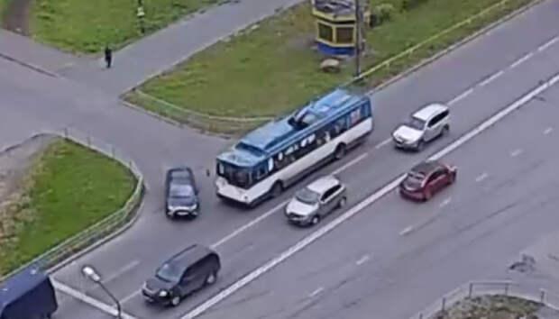Троллейбус попал в ДТП в Петрозаводске