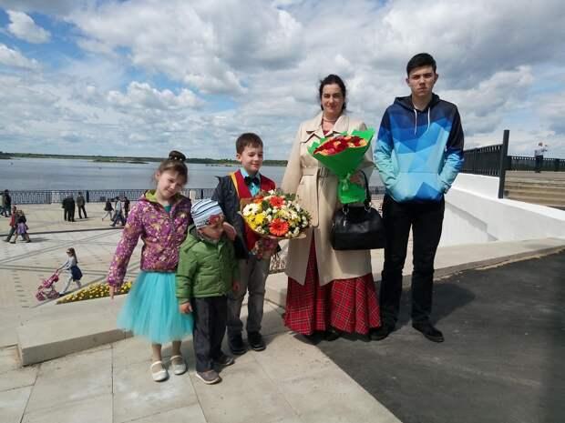 «Я знала, что идеальных людей и детей нет»: исповедь акушера и приемной мамы из Нижнего Новгорода
