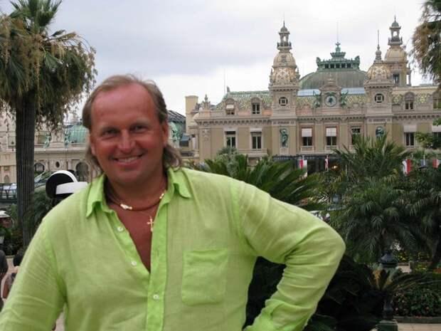 Знакомый продюсера Щербинина призвал молиться за него из-за подхваченного в Африке недуга