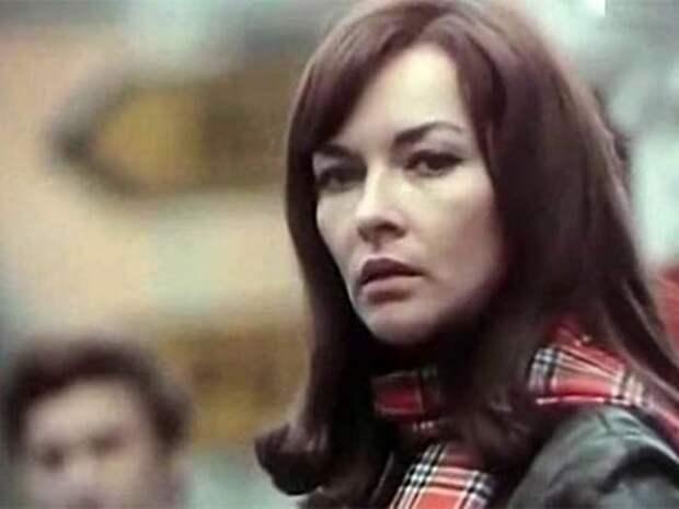 Барбара Брыльска в фильме *Анатомия любви*, 1972 | Фото: kino-teatr.ru