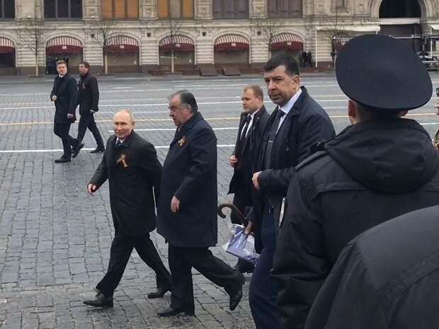 Они уничтожают страну: Ганапольский разнес Путина после Дня Победы