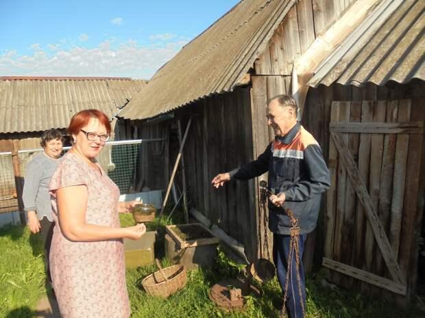 Жители Удмуртии могут передать исторические предметы быта для нового музея