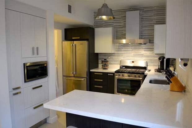 Хороший пример оформления кухни с небольшой площадью, что выглядит потрясающе.