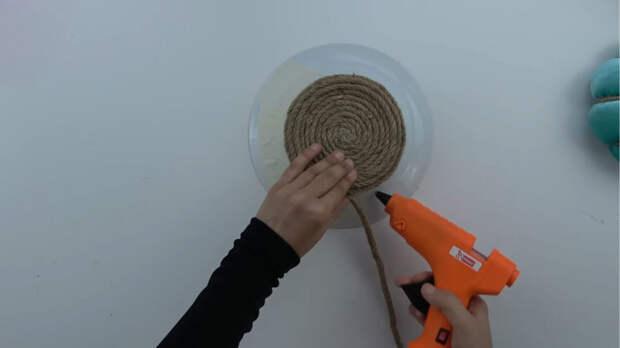 Золотая идея для рукодельниц из разбитой тарелки