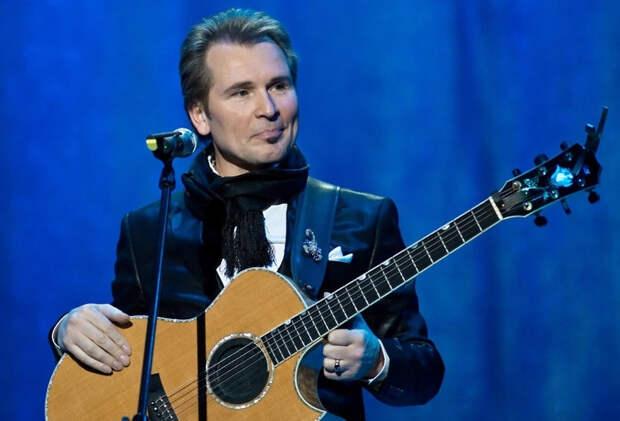 В соцсетях спорят из-за песни Малинина, которую он спел на украинском языке в Киеве. ВИДЕО