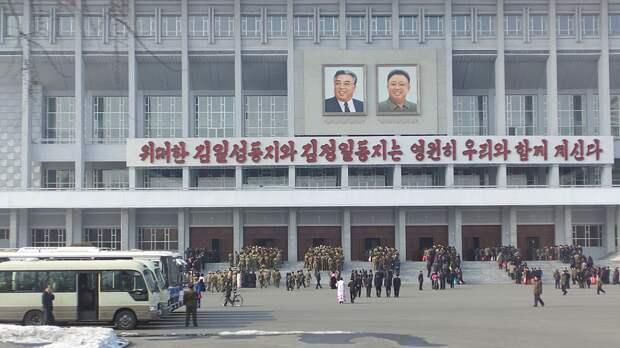 Жители КНДР испытывают дефицит товаров из-за тотального карантина