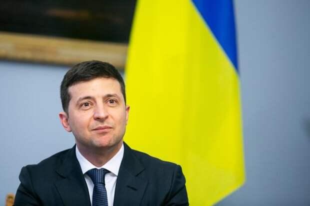 Зеленский заявил, что власти Украины любят людей в Донбассе и не бросят их
