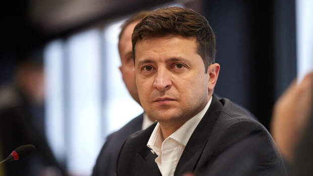 Партия Порошенко требует выселить Зеленского из резиденции президента