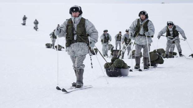 Эксперт заявил о неспособности США соперничать с Россией в Арктике