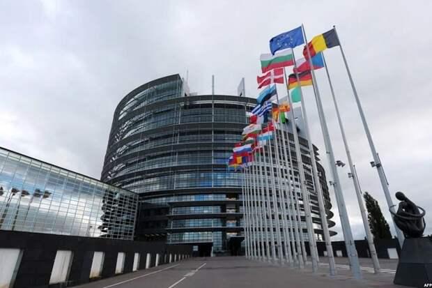 Европарламент готов выстрелить себе в ногу, запретив Северный поток-2