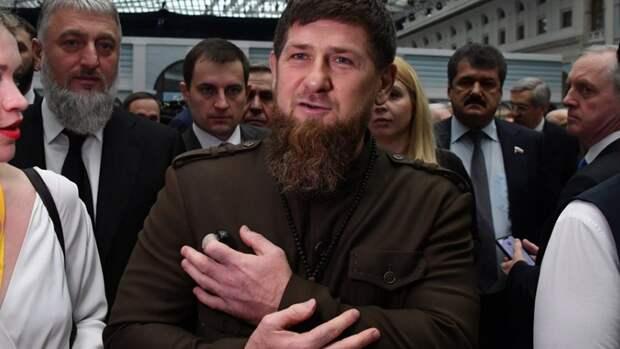 """""""Не мужчина, не горец"""": Кадыров посоветовал Грузии от греха подальше спрятать Габунию"""