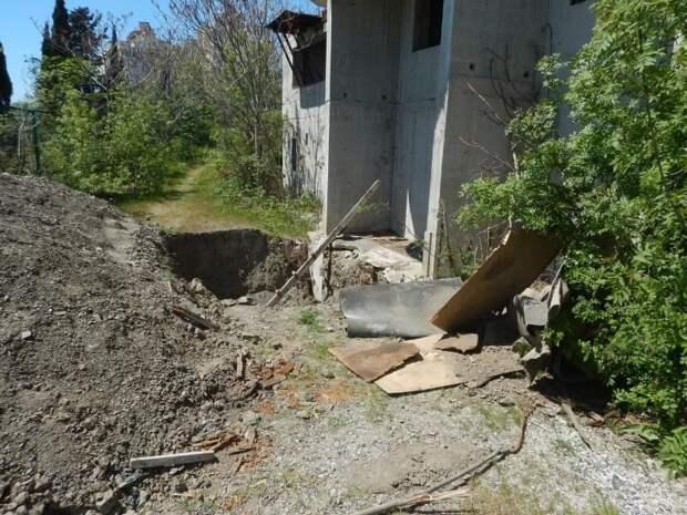 В Ялте трое строителей убили напарника при дележке заработка