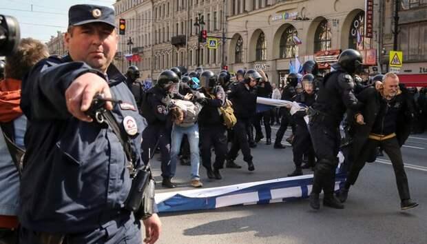 Первомай по сценарию Голливуда: США спланировали провокации в Петербурге