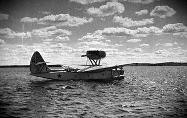 Морской ближний разведчик МБР-2