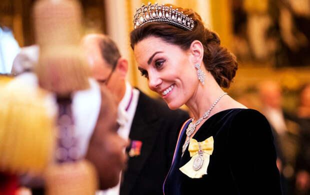 Супруга принца: что запрещено делать Кейт Миддлтон