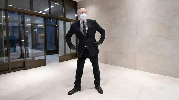 Петербургские общественники подали в суд на Беглова из-за масочного режима. К делу они хотят привлечь Путина