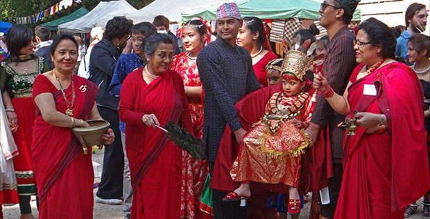 Кумари не ходят по земле богини, девушки, непал