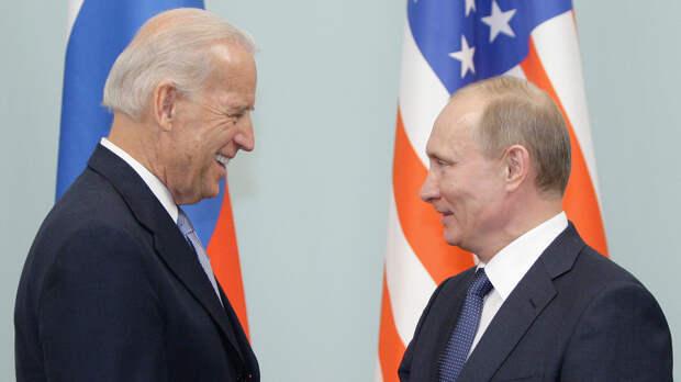 Премьер-министр РФ Владимир Путин встречается с Джозефом Байденом в Москве - РИА Новости, 1920, 10.06.2021