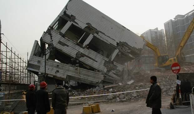 Суд обязал бизнесменов Бабаева иСитько вернуть земли навыезде изАксая