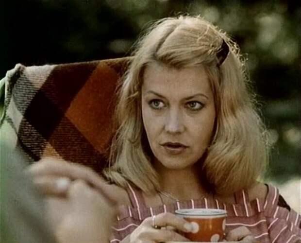 Советская и латвийская киноактриса, актриса театра.