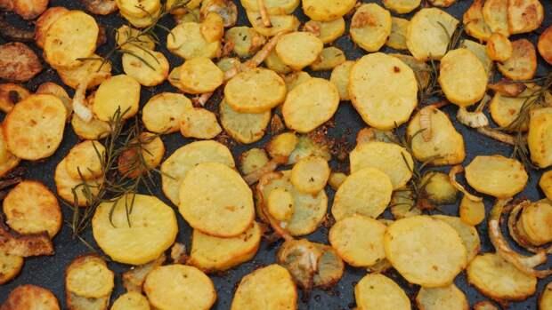 """Шеф-повар раскрыл секрет приготовления жареной картошки """"из детства"""""""