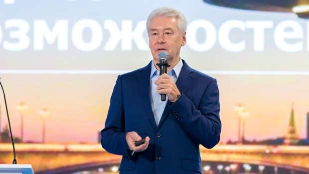 Собянин заявил, что 99% привитых от COVID-19 россиян не болеют после вакцинации