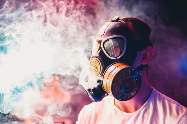 В Турции из-за коронавируса запретили курить на улицах