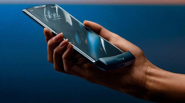 Анонсирован смартфон-раскладушка Motorola Razr 2019 с гибким дисплеем