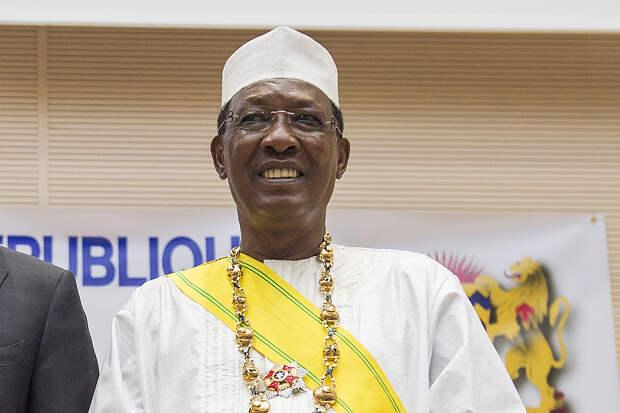 Президент Чада скончался после ранения на передовой