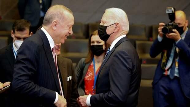 Erdoğan ile Biden ilk kez karşı karşıya geldi - Mektup Gazetesi