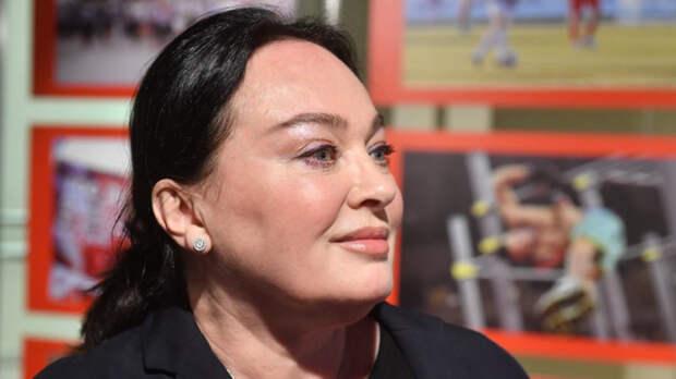 Гузеева резко отреагировала на вопрос об откровенной фотосессии дочери