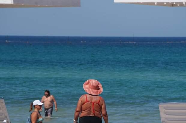 Крымский учёный рассказал, когда можно открывать купальный сезон