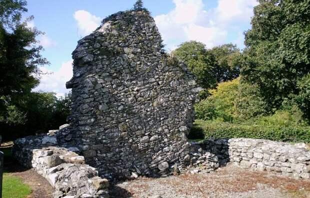 Тайна «прыгающей церкви» в Ирландии до сих пор не разгадана