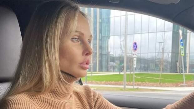 """Бывшая подруга Аланы Мамаевой рассказала о романе с футболистом: """"Мы с Пашей просто живем"""""""
