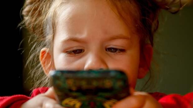 З приложения, которые должны быть у каждого родителя на смартфоне