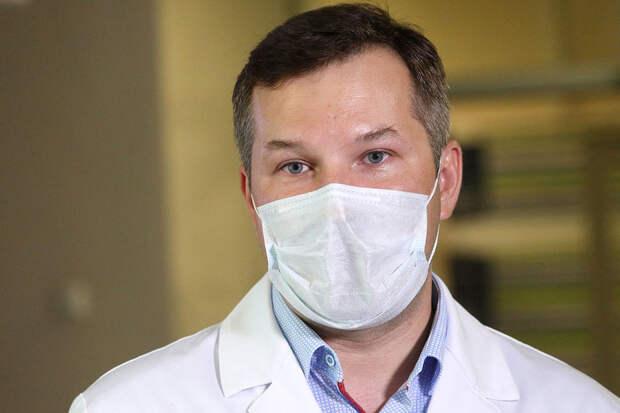 Министр здравоохранения Иркутской области спас ребенка на борту самолета