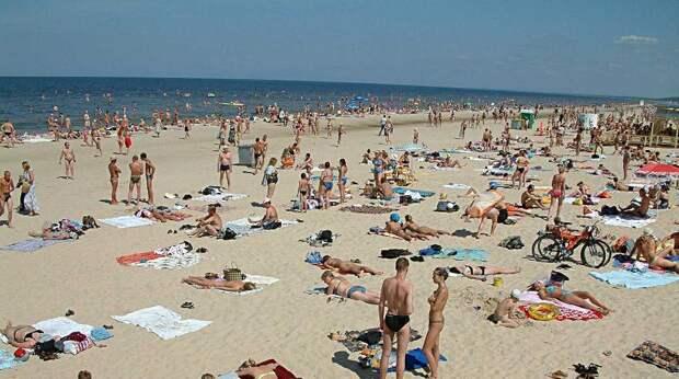 Куда поехать отдохнуть недорого: россияне выбрали бюджетные курорты