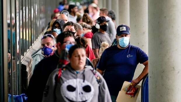 Insider: половина «ковидных» пособий по безработице в США оказалась украдена