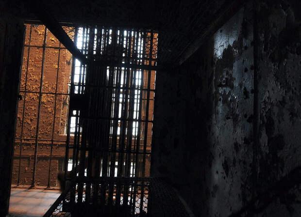 Двое заключенных погибли в хабаровской колонии во время драки