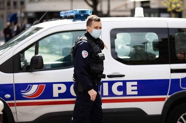 Посольство проверяет информацию СМИ о задержании во Франции четырех выходцев из России