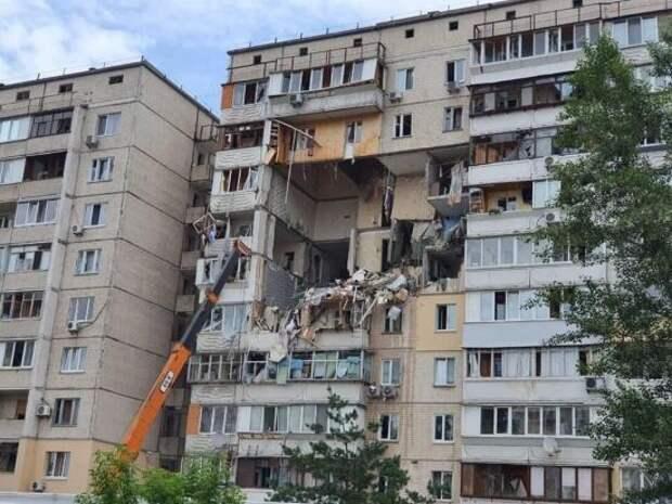 Взрыв в жилом доме в Киеве разрушил несколько, есть жертвы