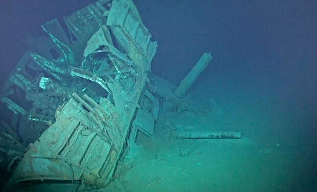 Ученые впервые спустились к самому глубоко лежащему на дне кораблю. Спуск занял 8 часов